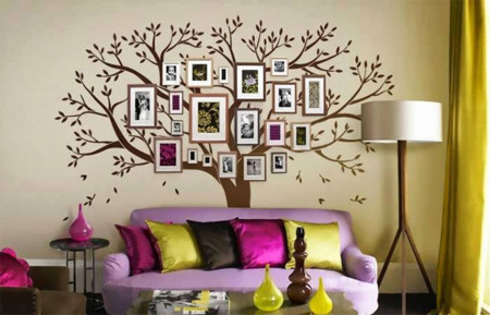 árbol genealógico con portaretratos en pared