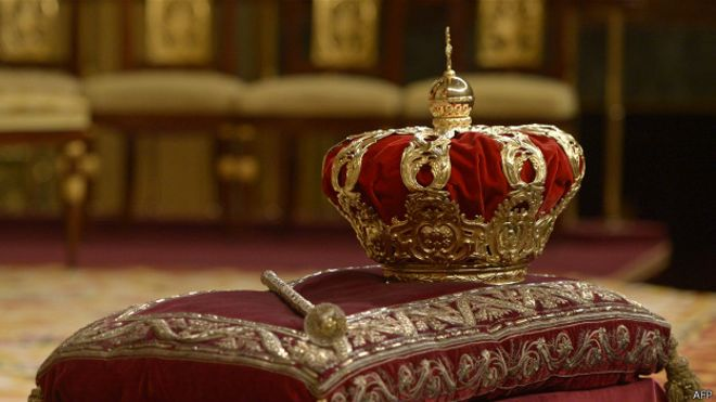 corona y espada reyes católicos de españa